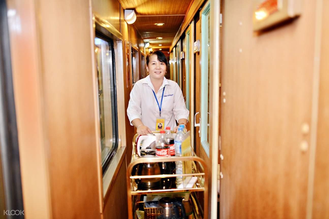 vietnam rail king express trolley service